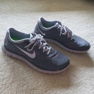 NIKE Free 4.0 v2 Mens Running Shoes
